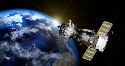 satellite-2771128_1920